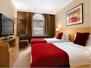 Picture of Double Double Hilton Guest Room