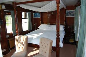 Picture of Room with Four-Poster Bed